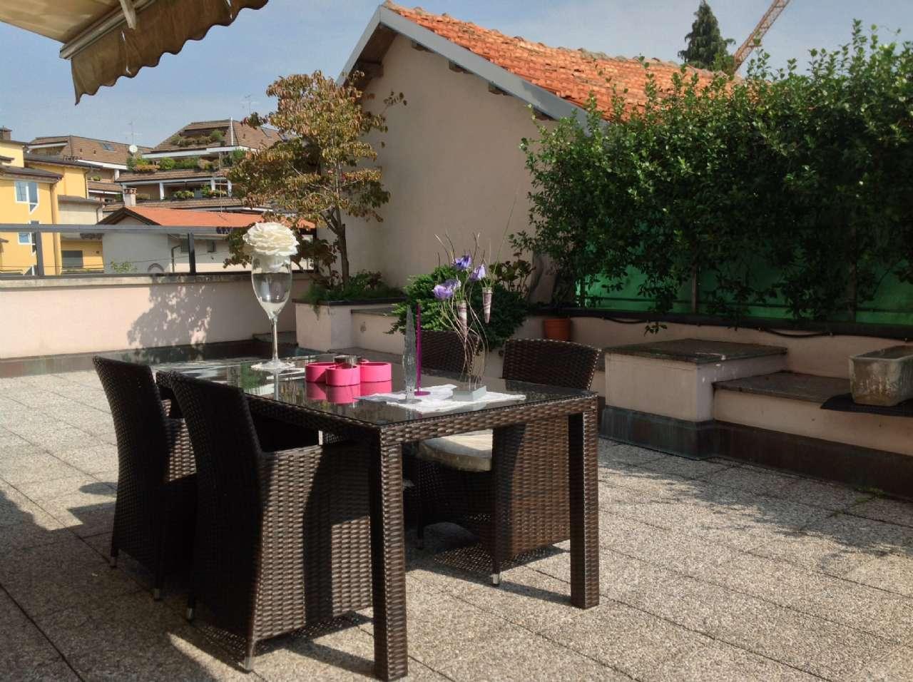 120634cd9 Appartamento su due piani con terrazzo