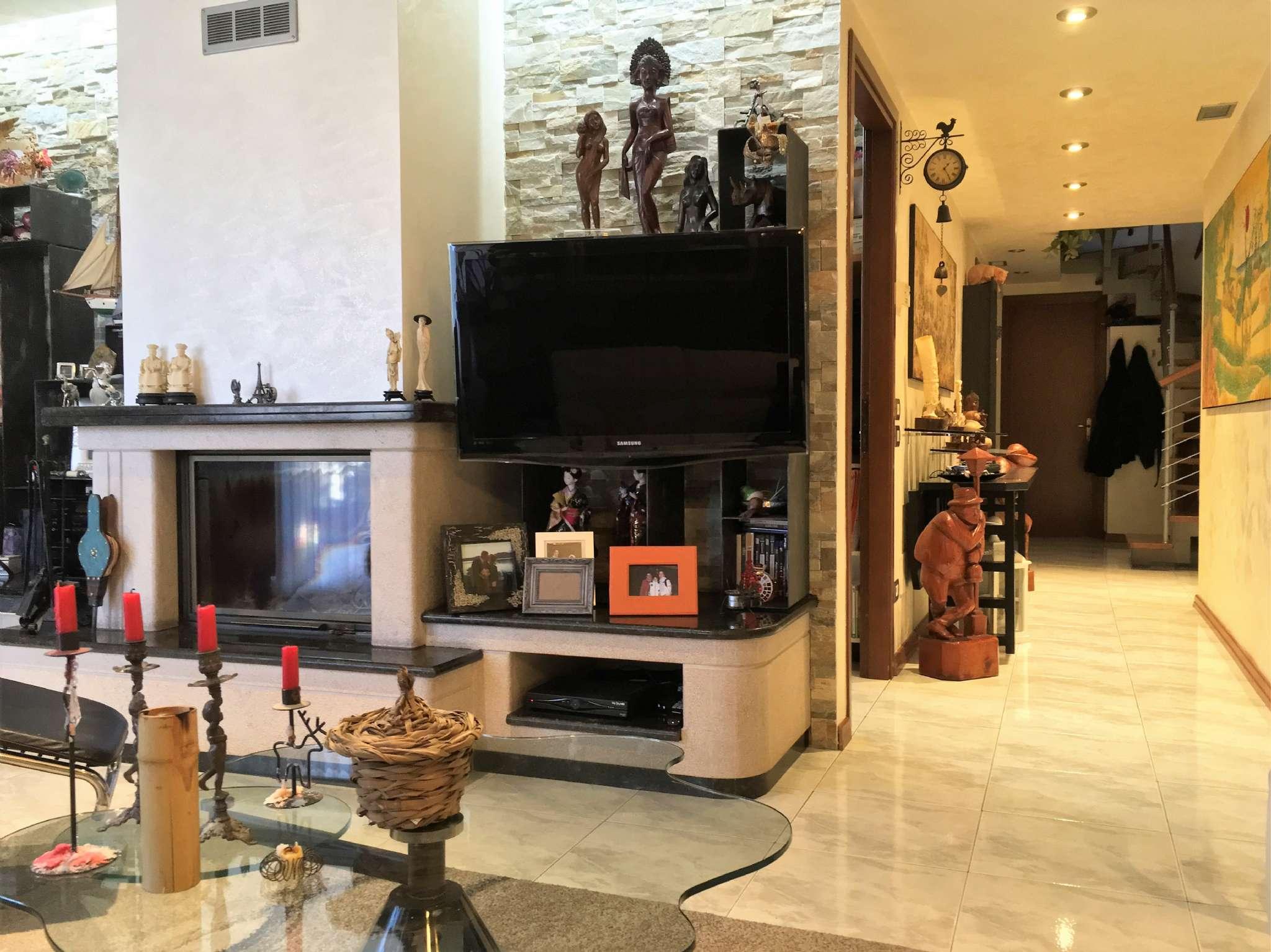 Samarate Appartamento Trilocale con Box