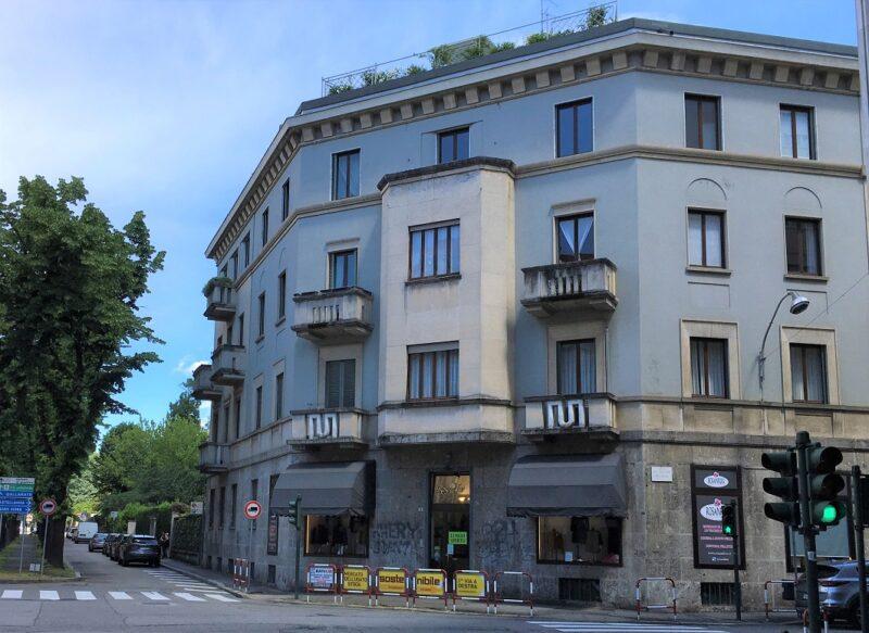 Mansarda arredata in affitto in centro a Busto Arsizio